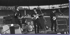 Milano, Velodromo Vigorelli 24 / 06 / 1965  Nella foto: concerto del gruppo inglese The BEATLES FARABOLAFOTO 609735