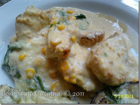 frango cremoso com espinafre e milho