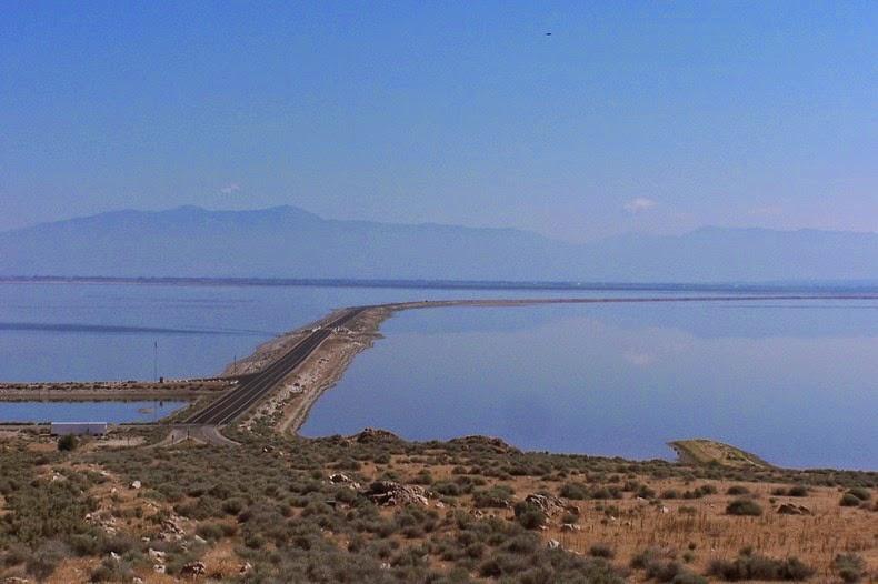 great-salt-lake-causeway-9