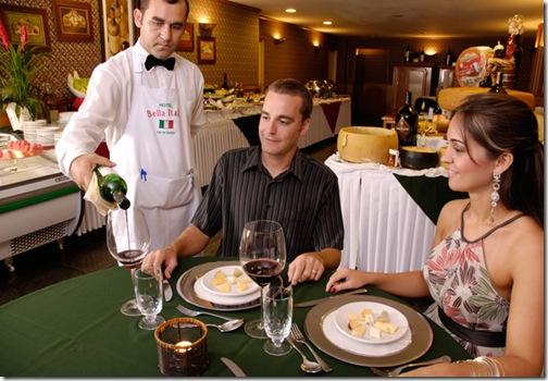 Vinho Noite Italiana Hotel Bella Italia BlogTurFoz Foz do Iguaçu