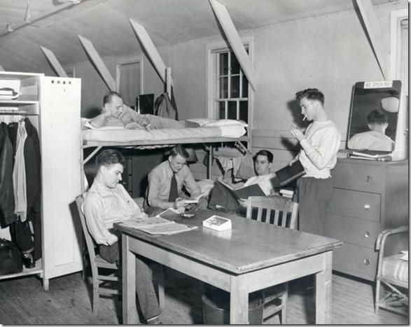 college-dorm-rooms-9