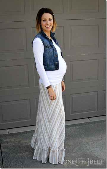 denim-vest-maternity-style