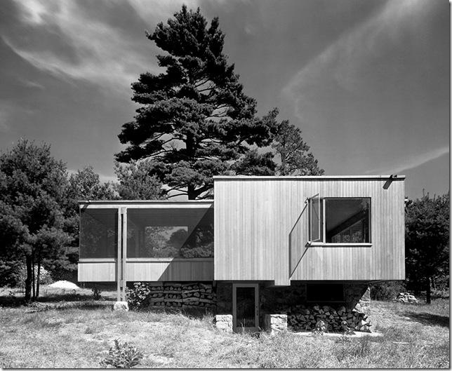 Ezra Stoller_Chamberlain Cottage, Walter Gropius, Marcel Breuer, Wayland, MA, 1942