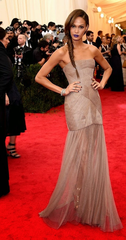 "NEW YORK, NY - MAY 05:  Joan Smalls attends the ""Charles James: Beyond Fashion"" Costume Institute Gala at the Metropolitan Museum of Art on May 5, 2014 in New York City.  (Photo by Larry Busacca/Getty Images)"