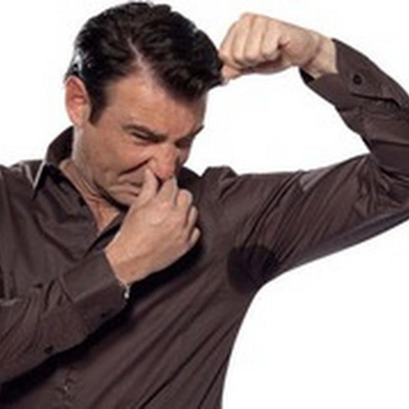 أطعمة تسبب رائحة كريهة للجسم