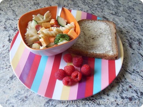 Sumo's Sweet Stuff - Pasta Salad - simple recipe that you can easily cater to fit your family's tastes!