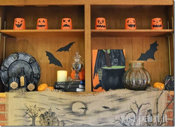 Halloween-Family-Room-E