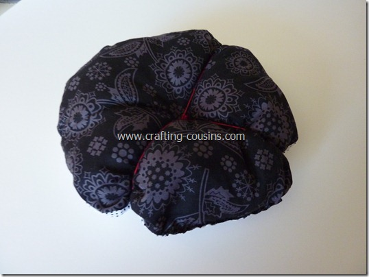 Sew your own flower pincushion tutorial from the Crafty Cousins (22)