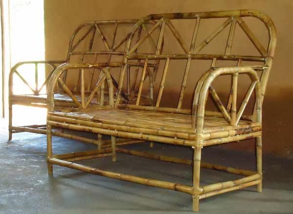 production de meubles en bambou pour l ecovillage madagascar ecovillage madagascar. Black Bedroom Furniture Sets. Home Design Ideas