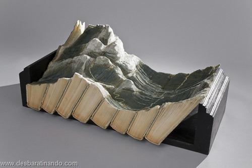 livros montanhas entalhados esculpidos desbaratinando (1)