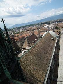 311 - Vistas desde la catedral de St. Pierre.JPG