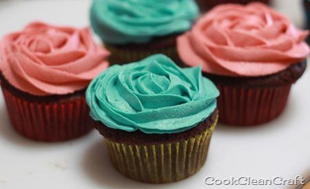 Cupcake Roses (4)