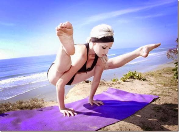 girls-stretching-yoga-003