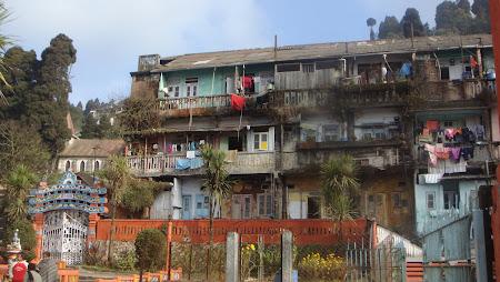 Imagini India: conditii de viata obisnuite in Darjeeling