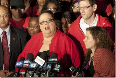karen_lewis_090912_AP269941900673_620x350