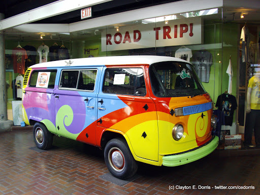Hippie Van in Rivermarket Mall