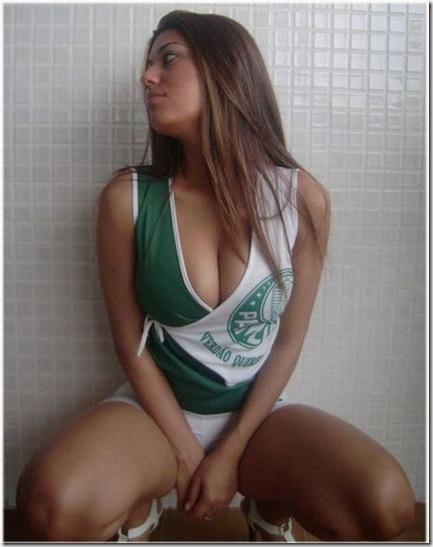 sexy-facebook-girls-15