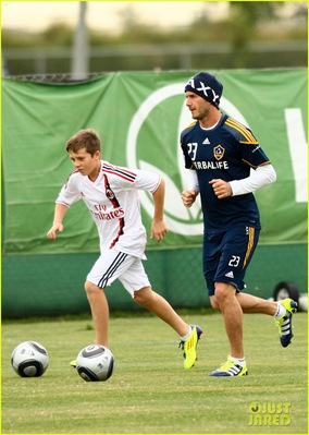 david-beckham-brooklyn-play-soccer-02