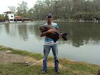 Grande pescador Ed Carlos que fisgou este belo Tambacu no pesqueiro Matsumura. Parabéns!