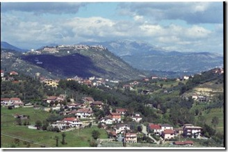 Strangolagalli, Italy, 2002 Copyright Suzanne Kashuba
