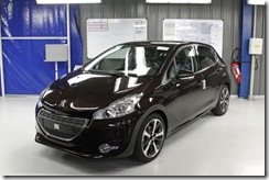 69432_a-peugeot-208-car-is-seen-at-the-psa-peugeot-citroen-plant-in-poissy