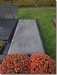 Heverlee kerkhof: het graf van Frans Knaepen en Valentine Orij