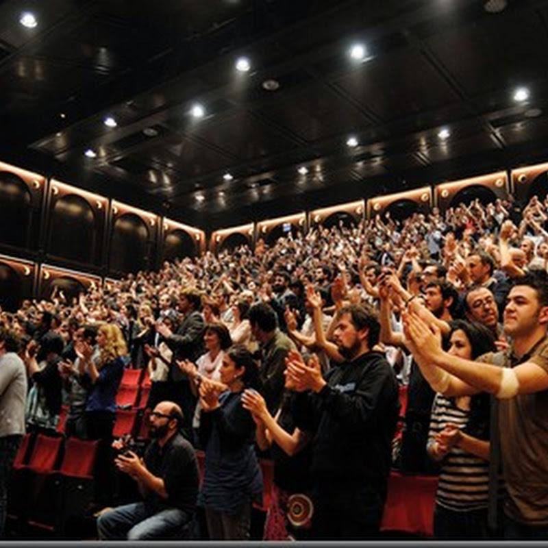 Los aplausos y el músico