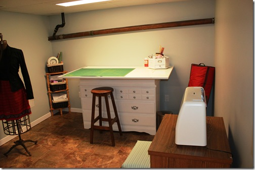 laundry room 008