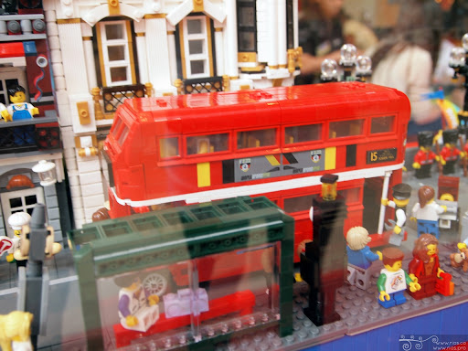 rios_northpoint_lego_uk_02.jpg