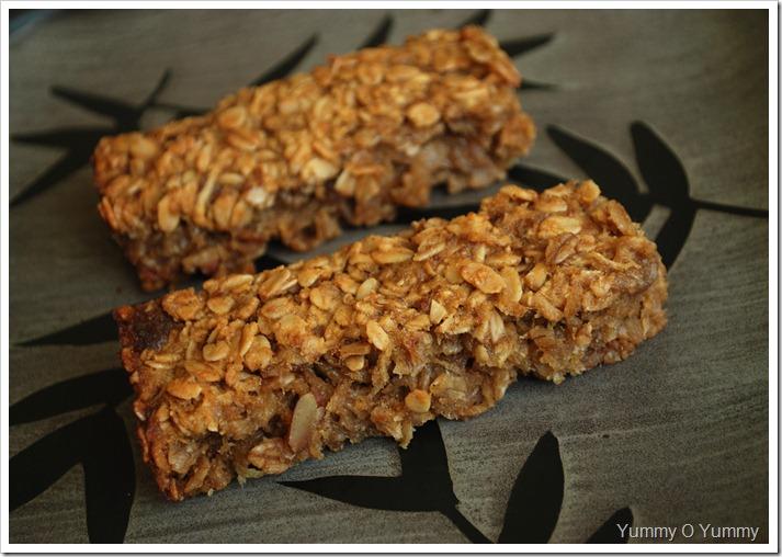 Date and Apple Granola Slice