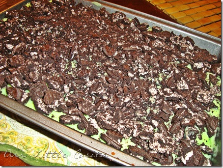 Mint Chocolate Oreo Cake
