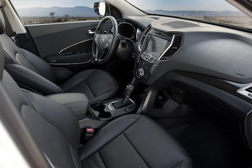 2013-Hyundai-Santa-Fe-Sport-13.jpg