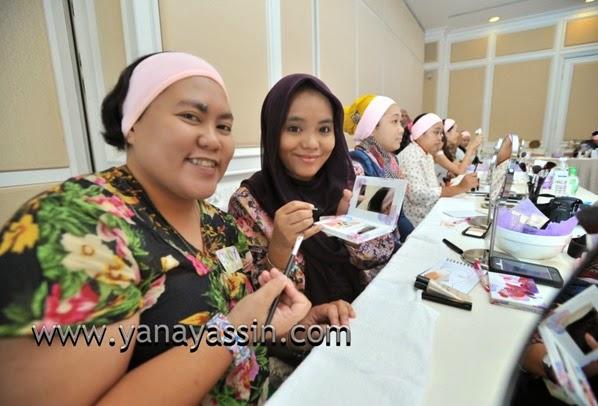 Kosmetik AVON MAlaysia318