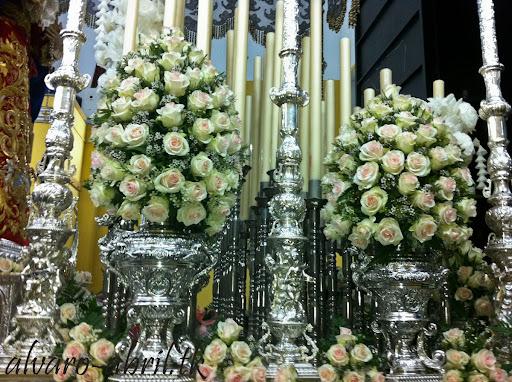 exorno-floral-salud-granada-hermandad-salesianos-semana-santa-2012-alvaro-abril-(6).jpg