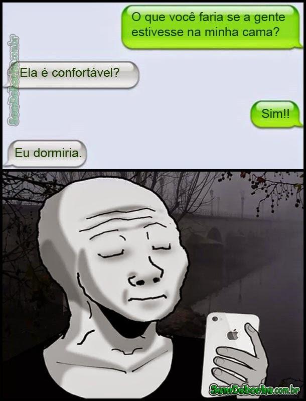 DORME COMIGO GATA