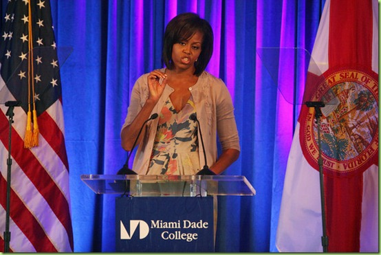 First Lady Michelle Obama Visits Miami Dade EJoeZKg6EQVl