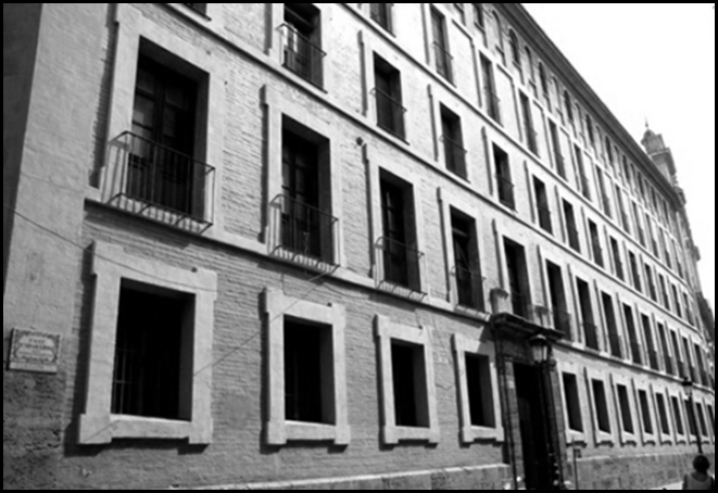 Escolapio_viejo caserón 1955