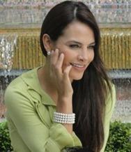Manuela acusa a Isabel de envenenar a Fernando