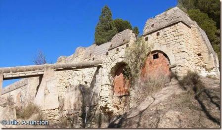 Ruinas de la fábrica de luz - ruta El Chorrillo