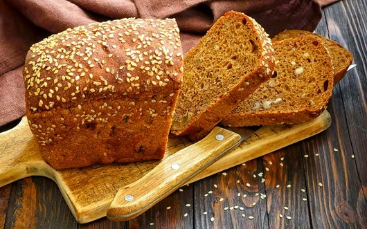 maize-nazis-delitis-brokastis-virtuve-44856848