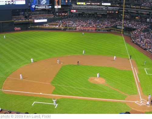 'Arizona Diamondbacks 9, Los Angeles Dodgers 4, Chase Field, Phoenix, Arizona (13)' photo (c) 2009, Ken Lund - license: https://creativecommons.org/licenses/by-sa/2.0/