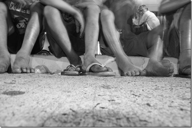 Denúncia de menores abandonados perto da rodoviária