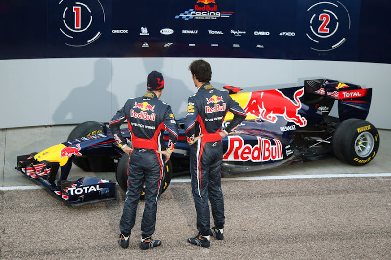 Red-Bull-Praesentation-2011-fotoshowImage-9163904-564543.jpg