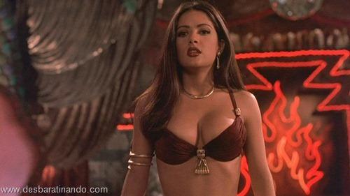 salma hayek linda sensual sexy sedutora gostosa peituda boob tits desbaratinando  (65)