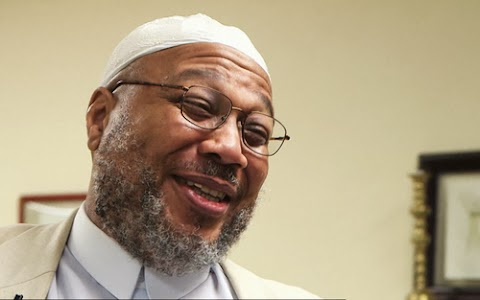Meet America's First Openly Gay Imam (Photo)