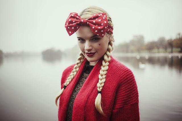 valentine's-day-heart-bow-headband-pin-up-rockabilly-heart-headband