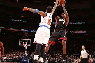 lebron james nba 140201 mia at nyk 13 LeBron Debuts Soldier 7 Shine PE as Heat Beat Knicks at MSG