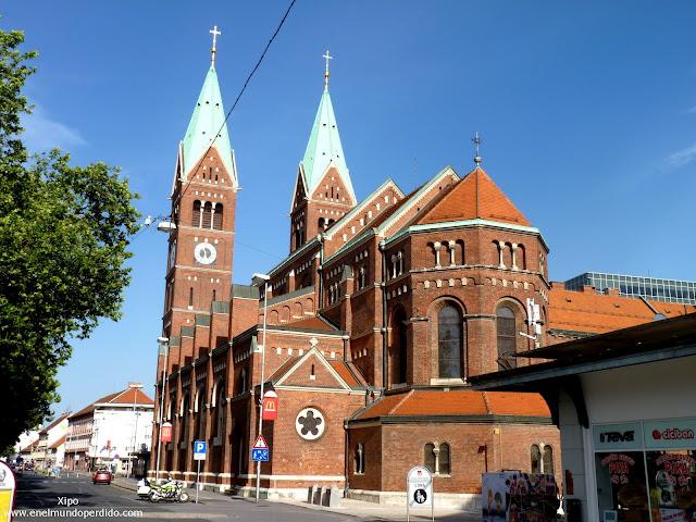 iglesia-roja-de-maribor.JPG