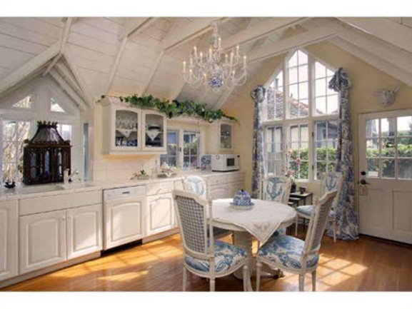 French-Chateau-kitchen