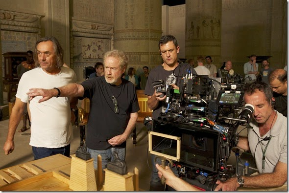 ridley scott on the set of EXODUS GODS&KINGS (1)